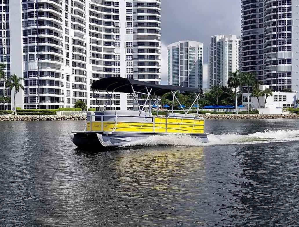 24 Ft Pontoon Luxury Party Boat