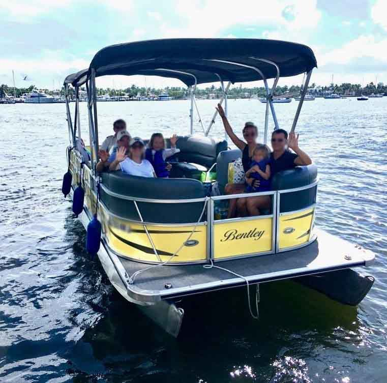 24 Ft Pontoon Luxury Party Boat - Fort Lauderdale ...